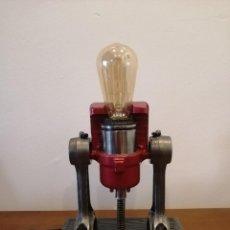 Varios objetos de Arte: LAMPARA ESTILO INDUSTRIAL HECHA A MANO. Lote 286864833