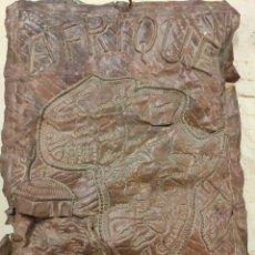 Varios objetos de Arte: MAPA ÁFRICA HECHO EN COBRE MA MANO. Lote 287943198