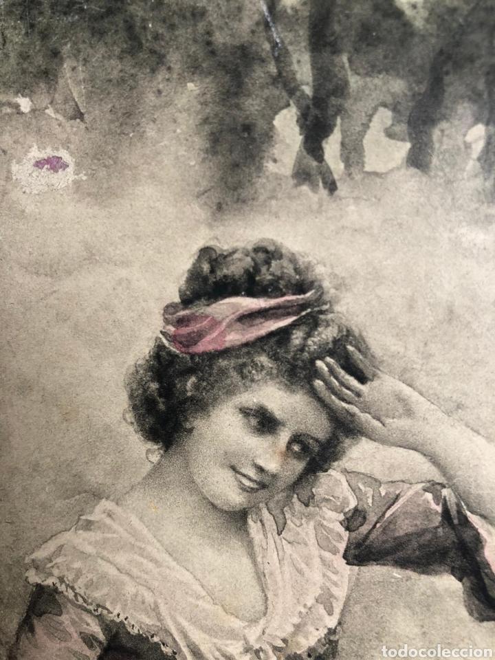 Varios objetos de Arte: PRECIOSA ESCENA GALANTE SOBRE CARTÓN. CIRCA 1920. DIMENSIONES: 32X21 CM. - Foto 4 - 289771148