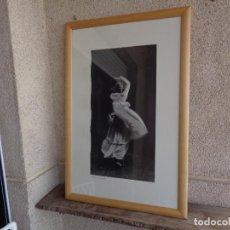 Varios objetos de Arte: BAILAORA. FOTO FIRMADA DE MARÍA MANZANERA.. Lote 294494278