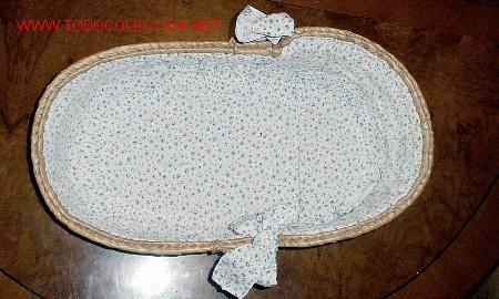 Vestidos Muñeca Española Clásica: JUANIN BEBE - CANASTO PARA JUANIN BEBE - MONISIMO ESTAMPADO DE FLORECITAS AZULES Y ROSAS - TIENE DOS - Foto 2 - 27485684