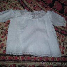 Vestidos Muñeca Española Clásica: CAMISETA CON BORDADOS. Lote 23185623