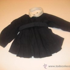 Vestidos Muñeca Española Clásica: UNIFORME DEL SAGARADO CORAZÓN, CON CUELLO SOBREPUESTO- DE MARIQUITA PEREZ -. Lote 30902792