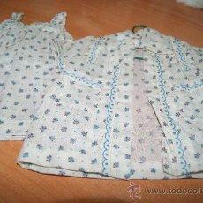 Vestidos Muñeca Española Clásica: CONJUNTO DE CAMISON Y BATA DE MARIQUITA PEREZ AÑOS 60-70 CON ETIQUETA . Lote 31407623
