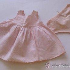 Vestidos Muñeca Española Clásica: ENAGUA Y BRAGA ORIGINAL DE LA MUÑECA GISELA. Lote 32304873