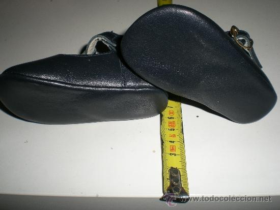 Vestidos Muñeca Española Clásica: antiguos zapatos de piel azules con hebilla de muñecas 11 cm años 50 ò 60 sin uso de fabrica antiguo - Foto 2 - 37100452