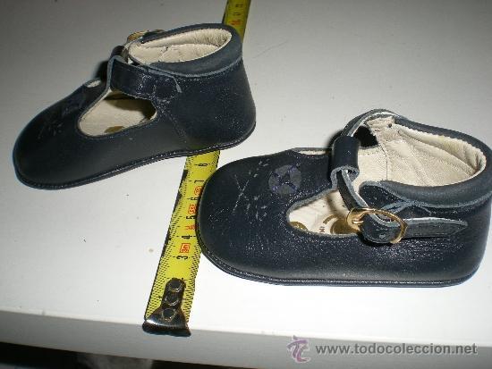 Vestidos Muñeca Española Clásica: antiguos zapatos de piel azules con hebilla de muñecas 11 cm años 50 ò 60 sin uso de fabrica antiguo - Foto 3 - 37100452