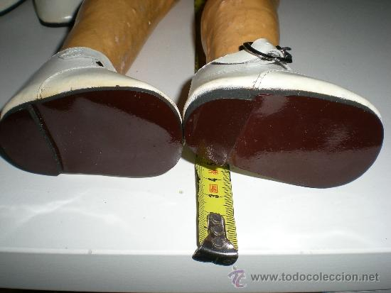 Vestidos Muñeca Española Clásica: antiguos zapatos de piel blancos con hebilla de muñecas 8,5 cm años 50 ò 60 sin uso de fabrica - Foto 3 - 37100615