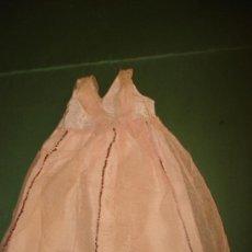 Vestidos Muñeca Española Clásica: ANTIGUO VESTIDO EN SEDILLA Y TUL DE PANAL CON LENTEJUELAS DE MARIQUITA PÉREZ ORIGINAL . AÑO 1940S.. Lote 37836380