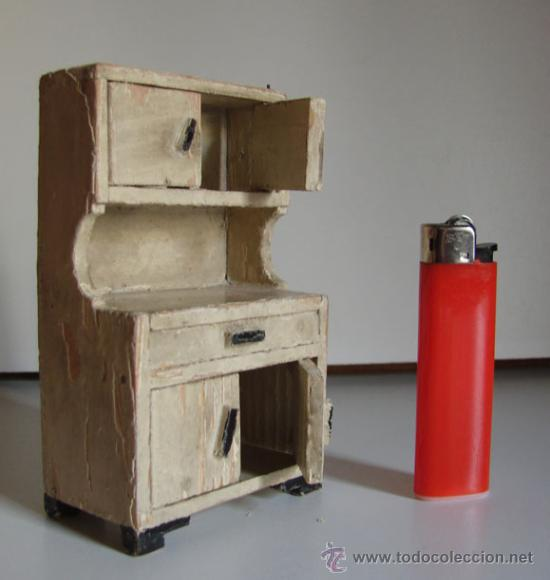 antiguo armario de cocina para casa de muecas de madera se abren las cuatro puertas