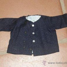 Vestidos Muñeca Española Clásica: ANTIGUO ABRIGO DE MUÑECO, DE AÑOS 40 - 50. Lote 38592045