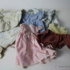 Vestidos Muñeca Española Clásica: LOTE DE 6 PRENDAS DE ROPA PARA MUÑECA - PRECISAN LIMPIEZA Y REPASO - AÑOS 30. Lote 41795256