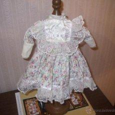 Vestidos Muñeca Española Clásica: VESTIDO DE MUÑECA ANTIGUA PORCELANA. Lote 45550342