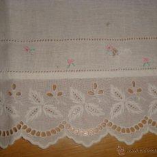 Vestidos Muñeca Española Clásica: SABANITA PARA CAMA DE MUÑECO/MUÑECA. Lote 46610520