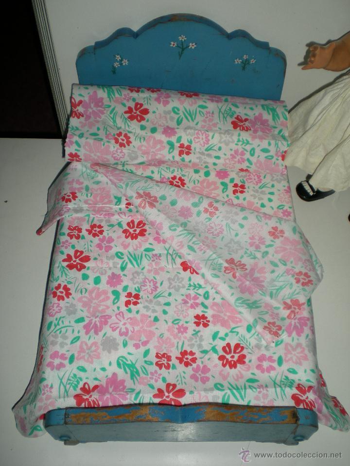 Vestidos Muñeca Española Clásica: preciosa cama o camita de madera de muñeca cuca de la casa diana primera generación años 50 - Foto 2 - 47832759