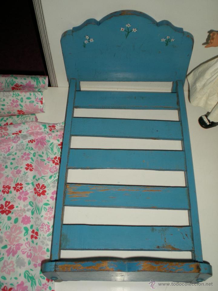 Vestidos Muñeca Española Clásica: preciosa cama o camita de madera de muñeca cuca de la casa diana primera generación años 50 - Foto 3 - 47832759