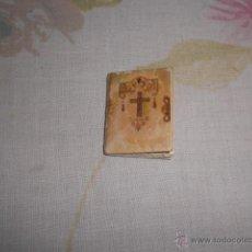 Vestidos Muñeca Española Clásica: ANTIGUO LIBRILLO DE PRIMERA COMUNION PARA MUÑECA. Lote 52366330