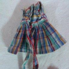Vestidos Muñeca Española Clásica: VESTIDO A CUADROS, MUÑECA AÑOS 50 . Lote 52844011
