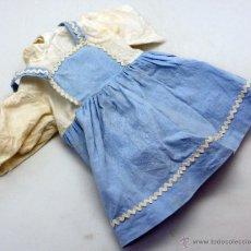 Vestidos Muñeca Española Clásica: VESTIDO MUÑECA MATUCA FLORIDO AÑOS 50 SIN ETIQUETA. Lote 53923321