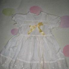 Vestidos Muñeca Española Clásica: BONITO VESTIDO ANTIGUO PARA MUÑECAS GRANDES RESTOS DE FABRICA. Lote 56672812