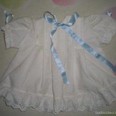 Vestidos Muñeca Española Clásica: BONITO VESTIDO ANTIGUO PARA MUÑECAS GRANDES RESTOS DE FABRICA. Lote 56672880
