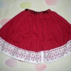Vestidos Muñeca Española Clásica: BONITA FALDA ANTIGUA PARA MUÑECAS GRANDES RESTOS DE FABRICA. Lote 56673362
