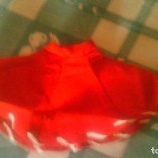 Vestidos Muñeca Española Clásica: FALDA ROJA ,DE MUÑECA TERESIN DE CELULOIDE Y CARTÓN PIEDRA.. Lote 61502663