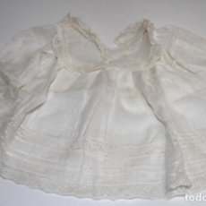 Vestidos Muñeca Española Clásica: CAMISOLA PARA MUÑECA ANTIGUA. ORGANDÍ Y ENCAJE. ESPAÑA. PRINC. S. XX. Lote 79013205