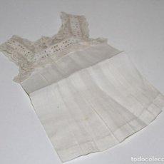 Vestidos Muñeca Española Clásica: VESTIDO PARA MUÑECA ANTIGUA. ALGODÓN Y ENCAJE. ESPAÑA. PRINC. S. XX. Lote 79015029