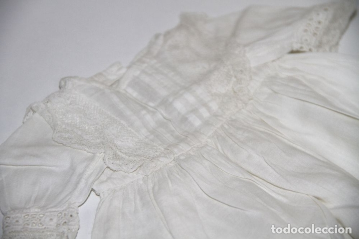 Vestidos Muñeca Española Clásica: VESTIDO PARA MUÑECA ANTIGUA. ALGODÓN Y ENCAJE. ESPAÑA. PRINC. S. XX - Foto 2 - 79022981