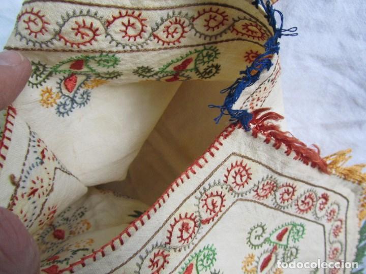 Vestidos Muñeca Española Clásica: Mandil o faldriquera de muñeca grande para traje regional Bordados hechos a mano - Foto 13 - 170859394