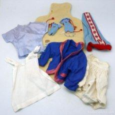 Vestidos Muñeca Española Clásica: LOTE VARIAS PRENDAS MUÑECAS AÑOS 50 - 60. Lote 86644944
