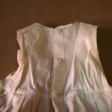 Vestidos Muñeca Española Clásica: MUÑECA CLASICA ESPAÑOLA, PALOMITA DE MADRID, COMBINACION BLANCA, CON PUNTILLA EN RUEDO, 1940S. Lote 87711444
