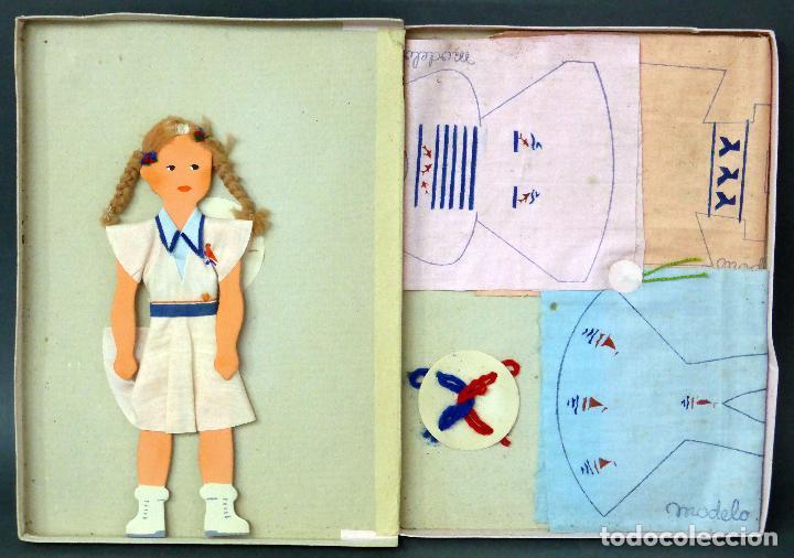Vestidos Muñeca Española Clásica: Vestidos para muñecas Nikito modelos años 50 con muñeca cartón y vestidos para coser - Foto 2 - 89656680