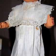 Vestidos Muñeca Española Clásica: VESTIDO DE PIQUE BLANCO. Lote 95012435