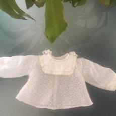 Vestidos Muñeca Española Clásica: CAMISITA DE MUÑECA DE FAMOSA. Lote 104936727