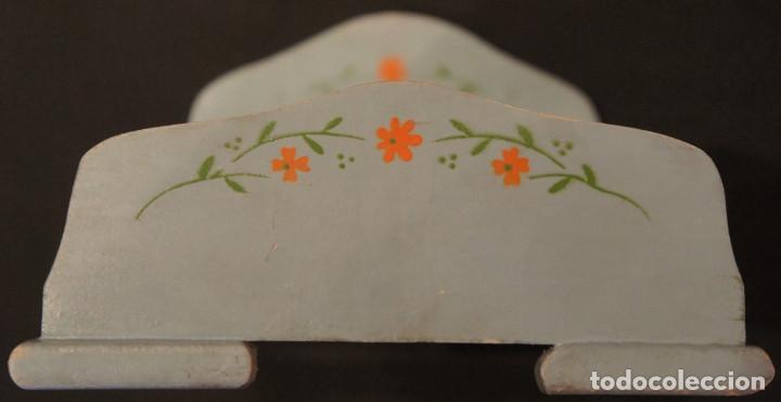Vestidos Muñeca Española Clásica: Cama de muñeca (cama de juguete), madera, plegable, años 50 - Foto 11 - 112285951
