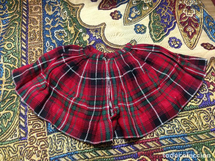 Vestidos Muñeca Española Clásica: ANTIGUA Y PRECIOSA FALDA DE CUADROS ESCOCESA PARA MUÑECA TIPO PIERINA, GUENDALINA, ETC. AÑOS 50 - Foto 2 - 126579747