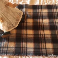 Vestidos Muñeca Española Clásica: MANTA PARA JUEGOS O ABRIGO , PICNIC ETC. Lote 127575651