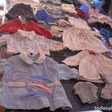 Vestidos Muñeca Española Clásica: LOTE ROPA MUÑECAS ANTIGUAS,VARIOS TAMAÑOS,FALDAS,PANTALON,JERSEYS,ROPA INTERIOR,ZAPATOS....ETC. Lote 128908899