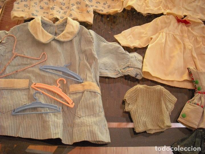Vestidos Muñeca Española Clásica: Lote ropa muñecas antiguas,varios tamaños,faldas,pantalon,jerseys,ropa interior,zapatos....etc - Foto 2 - 128908899
