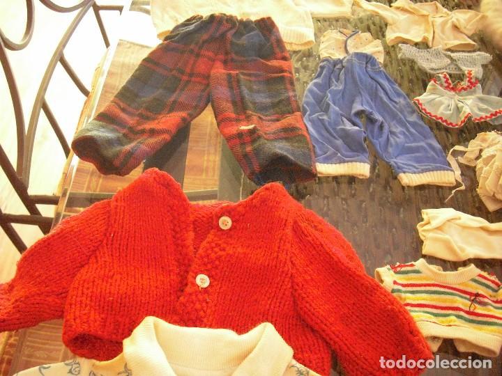 Vestidos Muñeca Española Clásica: Lote ropa muñecas antiguas,varios tamaños,faldas,pantalon,jerseys,ropa interior,zapatos....etc - Foto 11 - 128908899