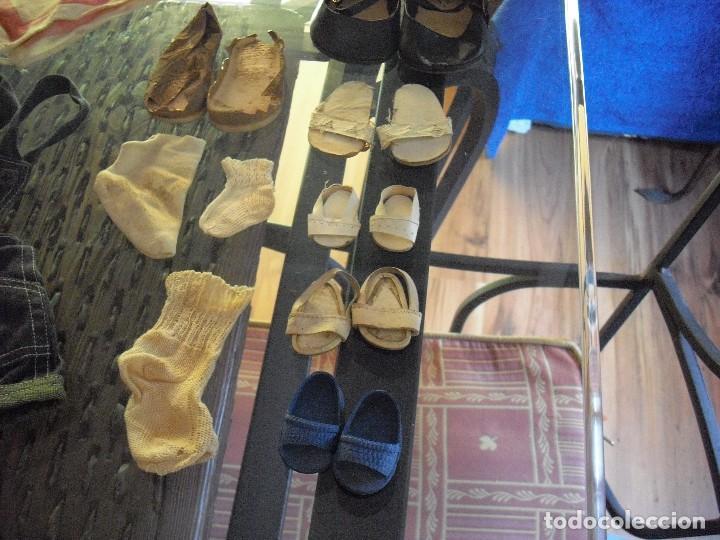 Vestidos Muñeca Española Clásica: Lote ropa muñecas antiguas,varios tamaños,faldas,pantalon,jerseys,ropa interior,zapatos....etc - Foto 16 - 128908899