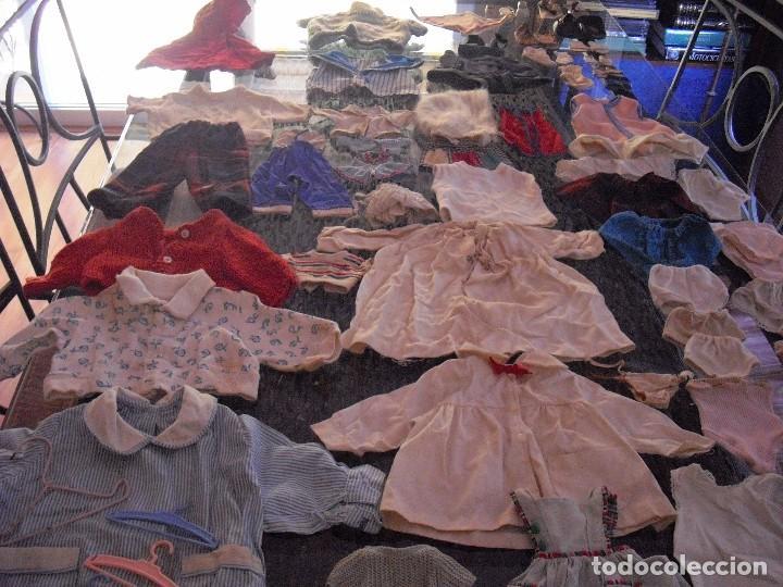 Vestidos Muñeca Española Clásica: Lote ropa muñecas antiguas,varios tamaños,faldas,pantalon,jerseys,ropa interior,zapatos....etc - Foto 17 - 128908899