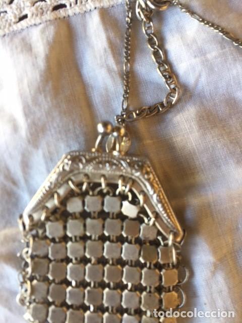 Vestidos Muñeca Española Clásica: Antiguo bolso de malla plateado con cadena plata, para muñeca antigua o decoración - Foto 3 - 135519230
