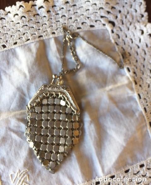 Vestidos Muñeca Española Clásica: Antiguo bolso de malla plateado con cadena plata, para muñeca antigua o decoración - Foto 5 - 135519230