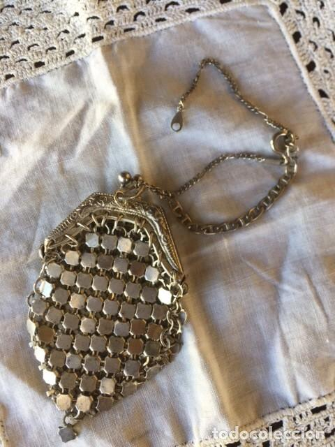 Vestidos Muñeca Española Clásica: Antiguo bolso de malla plateado con cadena plata, para muñeca antigua o decoración - Foto 6 - 135519230