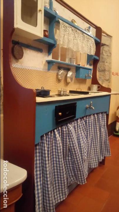 Vestidos Muñeca Española Clásica: Antigua cocina / cocinita de Juguete de los años 40-50 de madera con fregadero metalico - Foto 18 - 140808002