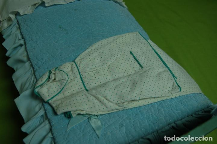 Vestidos Muñeca Española Clásica: cama de madera antigua ideal mariquita perez - Foto 6 - 141909270
