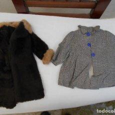 Vestidos Muñeca Española Clásica: VESTIDOS ANTIGUOS Y ROPAS DE MUÑECAS AÑOS 50. Lote 142096134